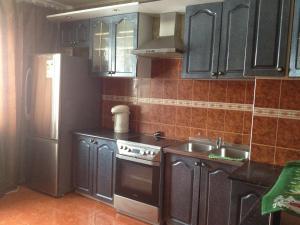 Apartment Prospekt Vracha Surova 33 - Kremenki