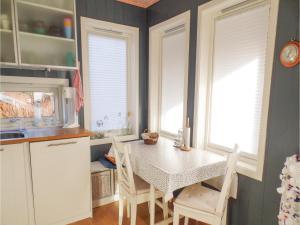 Three-Bedroom Holiday Home in Sogne, Nyaralók  Søgne - big - 14