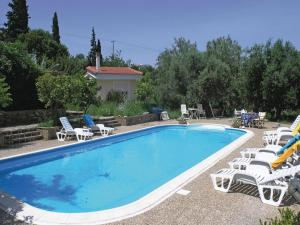 Five-Bedroom Holiday home with Sea View in Melissi Korinthos, Case vacanze  Melission - big - 28