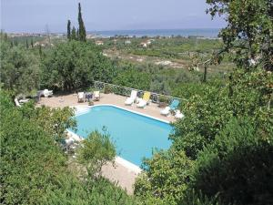 Five-Bedroom Holiday home with Sea View in Melissi Korinthos, Ferienhäuser  Melission - big - 34