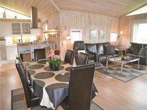 Holiday home Engesøvej XI, Prázdninové domy  Vejers Strand - big - 5