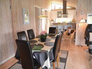 Holiday home Engesøvej XI, Prázdninové domy  Vejers Strand - big - 25