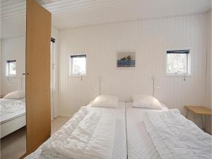 Holiday home Sluseparken Aakirkeby II, Case vacanze  Vester Sømarken - big - 5