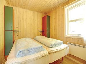 Holiday home Sluseparken Aakirkeby I, Nyaralók  Vester Sømarken - big - 7