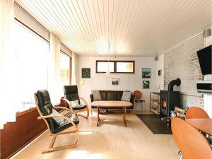 Holiday home Sluseparken Aakirkeby X, Prázdninové domy  Vester Sømarken - big - 2