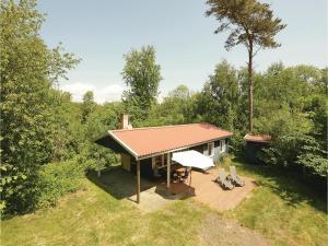Holiday home Sluseparken Aakirkeby Denm, Dovolenkové domy  Vester Sømarken - big - 4