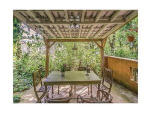 Three-Bedroom Holiday Home in Colares, Sintra - Cabo da Roca
