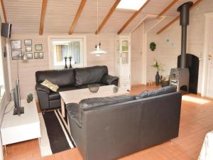 Holiday home Lakolk XII Denmark, Holiday homes  Bolilmark - big - 3