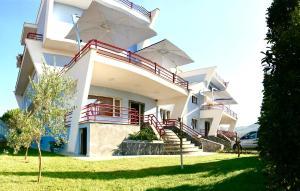 Diamond Beach Residence Hotel - Shetaj