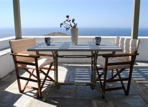 obrázek - Aegean panorama in Tinos