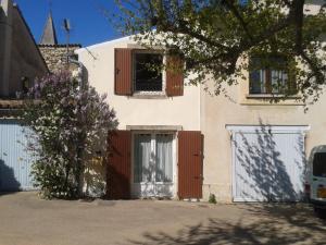 Accommodation in Saint-Pantaléon-les-Vignes