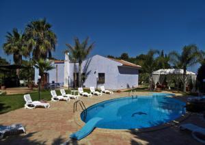 Villa Azolata B&B, Bed and Breakfasts  Partinico - big - 57