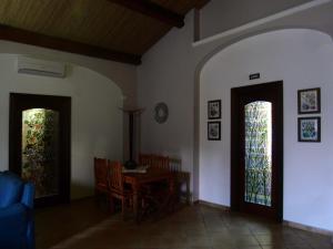 Villa Azolata B&B, Bed and Breakfasts  Partinico - big - 10