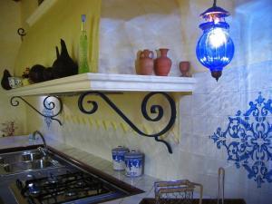 Villa Azolata B&B, Bed and Breakfasts  Partinico - big - 32