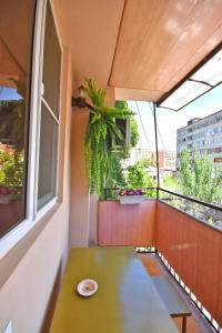 Cozy Three Rooms Republic Square in Center Yerevan, Apartments  Yerevan - big - 25