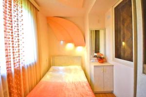 Cozy Three Rooms Republic Square in Center Yerevan, Apartments  Yerevan - big - 22