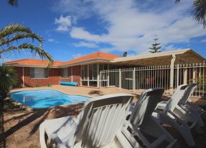 Mindarie Villa 4 Bedroom House - Clarkson