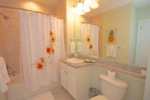 502 Bay Harbor, Dovolenkové domy  Clearwater Beach - big - 13