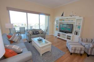 502 Bay Harbor, Dovolenkové domy  Clearwater Beach - big - 16