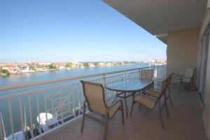 502 Bay Harbor, Dovolenkové domy  Clearwater Beach - big - 17