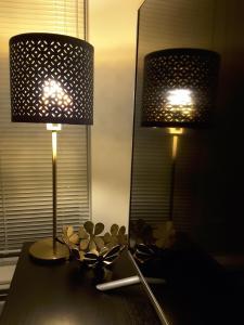 Fully Equipped Two Bedroom Condo in N3, Apartmanok  Calgary - big - 28