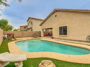 Accommodation in Maricopa
