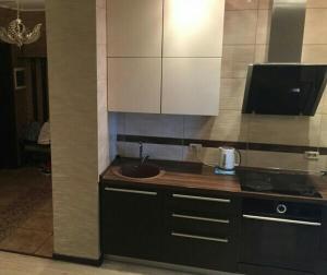 Apartments on Salyutnaya - Kharino