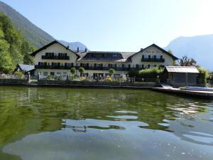 Hotel Haus Am See - Obertraun/Dachstein