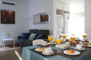 Metro & Beach Apartments - Sant Adria de Besos
