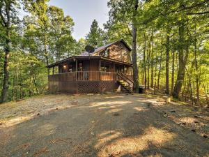 The Lazy Bear Lodge - Ellijay