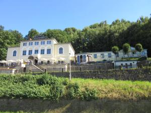 Hotel Lindenhof - Königstein an der Elbe