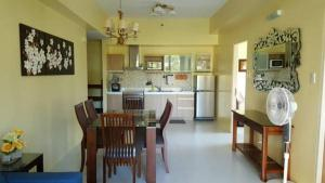 Pico de Loro - Vacation Homes, Apartmány  Nasugbu - big - 26