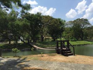 Pico de Loro - Vacation Homes, Apartmány  Nasugbu - big - 19