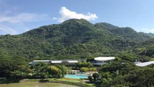 Pico de Loro - Vacation Homes, Apartmány  Nasugbu - big - 21