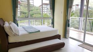 Pico de Loro - Vacation Homes, Apartmány  Nasugbu - big - 30