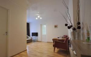 Kreenholmi 5 Apartment - Keykino