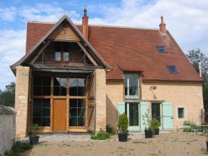 Location gîte, chambres d'hotes Chambres d'hôtes L'Ange Blanc dans le département Cher 18