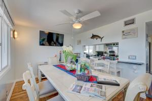Ocean-to-River Beach-House, Motels  Stuart - big - 99