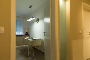 Ada Apartment, Apartmanok  Brassó - big - 11