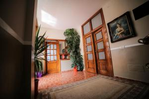 Hotel Arberia, Hotel  Tirana - big - 35