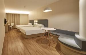 Hostales Baratos - Hanting Hotel Qingdao Development Zone Middle Changjiang Road
