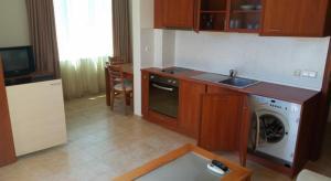 Apartment Complex Tara