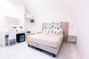 Holiday Sorrento Center - AbcAlberghi.com