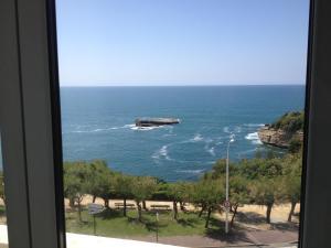 Appartement vue sur le phare de Biarritz