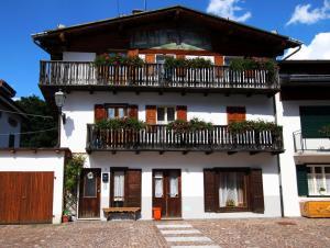 Appartamenti Cervo d'Oro - AbcAlberghi.com