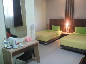 City Hotel, Hotel  Tasikmalaya - big - 92