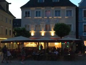 Albergues - Hotel Guntia