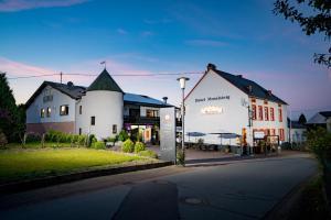 Hotel Moselsteig - Altrich