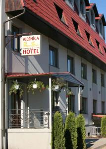 Riverside Hotel - Rāmava
