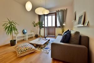 Nowa Str. Apartment 2